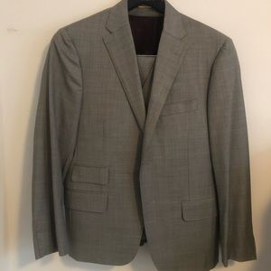 HICKEY FREEMAN Gold Label 3 piece suit 38S MTO